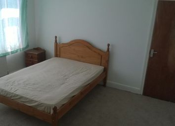 Thumbnail Room to rent in Dunstable Road, Luton