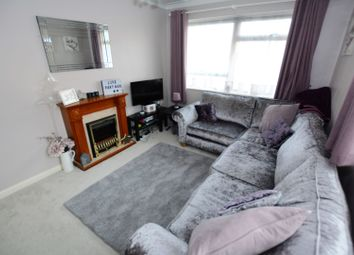 Thumbnail 1 bed flat to rent in Irvine Road, Littlehampton