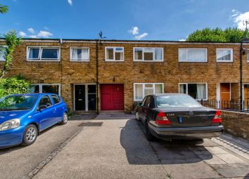 Thumbnail 4 bed flat to rent in Garrick Close, Wandsworth Town