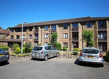 Thumbnail 1 bed property for sale in Gordon Hill, Enfield