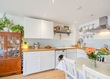 Thumbnail 2 bedroom property for sale in Fleetwood Court, Clarendon Park, Leicester