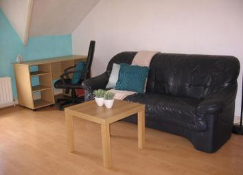 Thumbnail 1 bed property to rent in Flat 5, 2 Moor View, Hyde Park