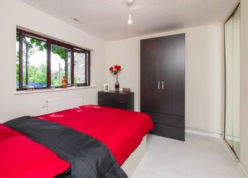 Thumbnail 3 bed shared accommodation to rent in Whitman, Bethnal Green