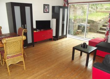 Thumbnail 2 bed flat for sale in Gladeswood Road, Belvedere