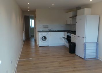 Thumbnail 1 bed flat to rent in Rear Flat Whitehorse Road, Croydon