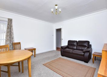 Thumbnail 2 bedroom flat to rent in Glenhill Close, Finchley