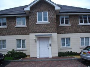 2 bed flat to rent in Millers Close, Dartford DA1