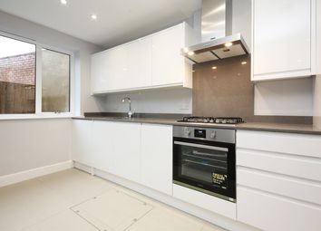 3 bed flat for sale in Tooting High Street, Tooting, Tooting SW17