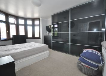 Thumbnail 5 bedroom terraced house to rent in Chudleigh Crescent, Ilford