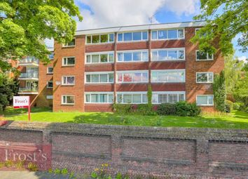 Thumbnail 3 bedroom flat for sale in Belmont Hill, St.Albans