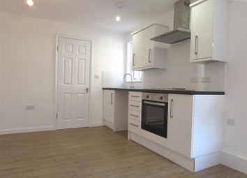 Thumbnail 1 bed flat to rent in Edward Street, Dunstable