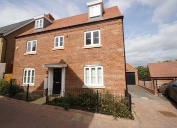 Thumbnail 5 bed property for sale in Harrier Close, Hemel Hempstead