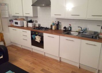 Thumbnail 3 bedroom flat to rent in Junction Road, London
