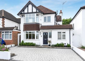Thumbnail 4 bed detached house for sale in Mount View, Rickmansworth, Hertfordshire