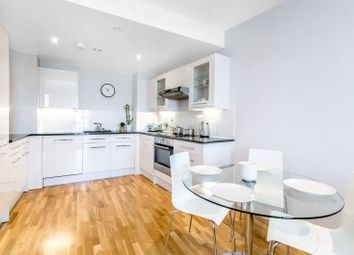 2 bed flat for sale in Jessop Building, Canary Wharf E14