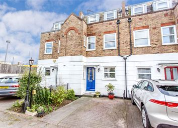 3 bed terraced house for sale in View Crescent, Tivoli Road, London N8