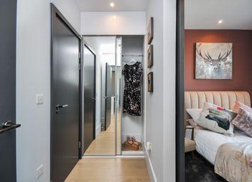 Thumbnail 2 bedroom flat for sale in High Street, Croydon