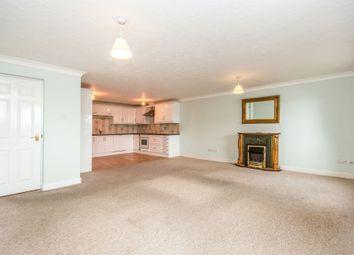 Thumbnail 2 bedroom flat for sale in Swonnells Walk, Lowestoft