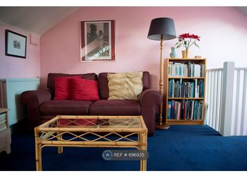 Thumbnail 1 bed flat to rent in Hampton Wick, Hampton Wick, Kingston Upon Thames