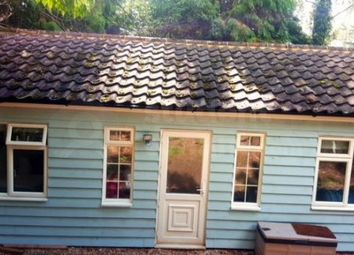 Thumbnail Room to rent in Middle Bourne Lane, Farnham, Surrey