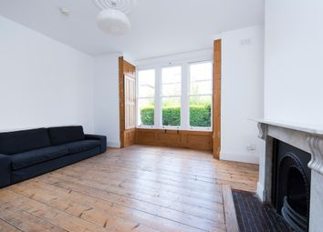 Thumbnail 3 bed flat to rent in Finsbury Park Road, London