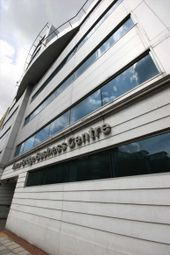Thumbnail Serviced office to let in Tower Bridge Business Centre, London