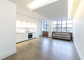 Thumbnail 3 bed flat to rent in Chatham Place, Hackney