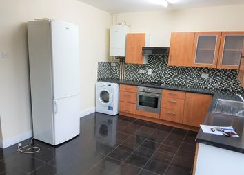 Thumbnail 6 bed detached house to rent in Munster Avenue, Hounslow