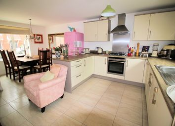 Thumbnail 4 bed detached house for sale in Greenacres Road, Locks Heath, Southampton