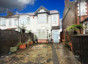 4 bed property to rent in Babington Road, Hendon NW4