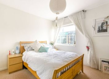 Thumbnail 1 bed flat to rent in Upper Thames Street, Mansion House