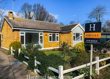 3 bed detached bungalow for sale in White Hart Lane, Hockley, Essex SS5