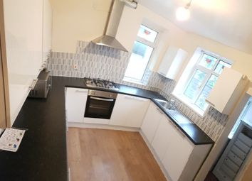 Thumbnail 2 bed flat to rent in Booth Avenue, Fallowfield, Manchester