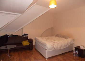 Thumbnail 1 bed flat to rent in Conway Road, London