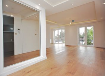 Thumbnail 3 bedroom flat to rent in Parson Street, Hendon