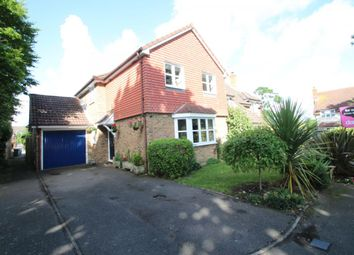 Thumbnail 3 bed detached house for sale in Culvercroft, Binfield