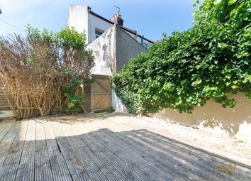 Thumbnail 2 bedroom flat for sale in Sackville Road, Hove, East Sussex