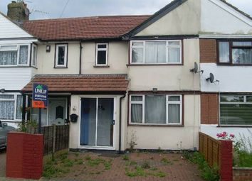 Thumbnail 3 bed property to rent in Dell Road, West Drayton, Middlesex