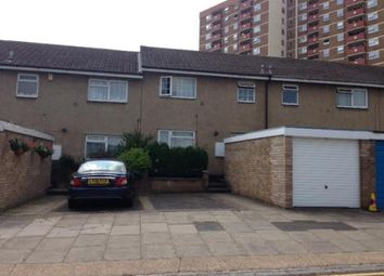 Thumbnail 5 bedroom terraced house to rent in Strathmore Walk, Luton