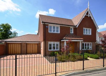 Thumbnail 4 bed detached house to rent in Wheeler Avenue, Wokingham
