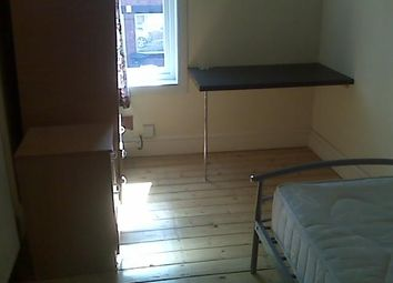 Thumbnail Room to rent in Northfield Road, Coventry