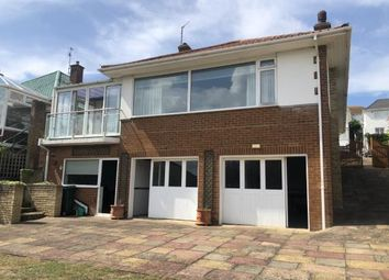 Chichester Drive West, Saltdean, Brighton, East Sussex BN2. 3 bed bungalow