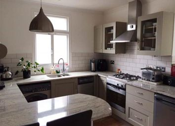 Thumbnail 1 bed flat to rent in Bell Mead, Holland Road, Hove