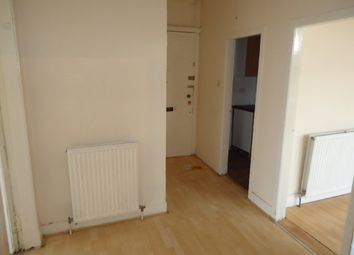 Thumbnail 2 bedroom flat to rent in West Street, Paisley, Renfrewshire