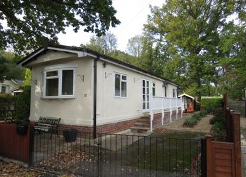Thumbnail Mobile/park home for sale in Sugworth Lane, Radley, Abingdon