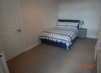 Thumbnail 1 bedroom studio to rent in Rockingham Road, Doncaster