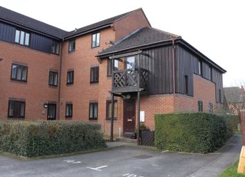 Thumbnail 1 bed town house to rent in Roebuck Court, Didcot