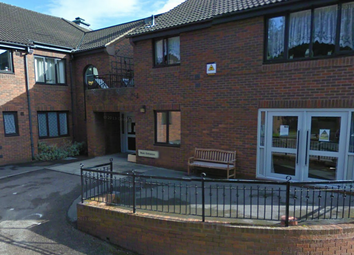 Thumbnail Room to rent in Eyre Gardens, Chesterfield