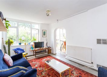 3 bed maisonette to rent in Aubert Park, Highbury N5
