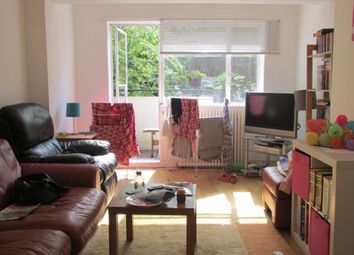 Thumbnail Flat to rent in Summersby Road, London